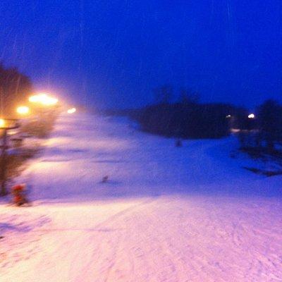 Lige før lukketid kl. 18 - sneen væltede ned :)
