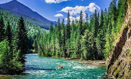 Stunning Backdrop. Lardeau River