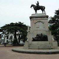 Plaza Zabala, der Held auf dem Pferd