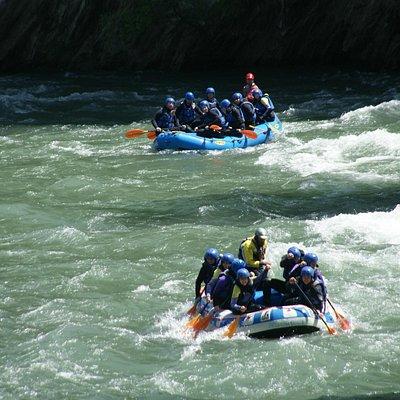 Rafting con amigos o en familia