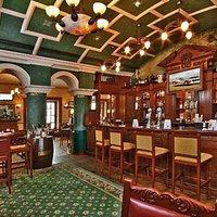 Dublin (Bubbly Irish pub)