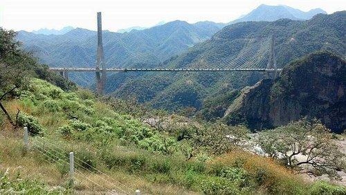 Puente El baluarte