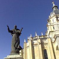 Estatua de Juan Pablo II