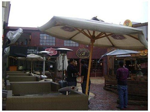 Oasis Food Court