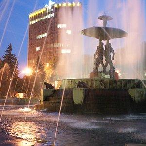 Rostov Academic Drama Theater, fountain