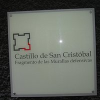 signpost to the castillo