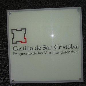 signpost to the castillo