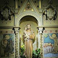 L'immagine del Santo opera degli scultori della Val Gardena