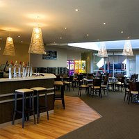 Large Bistro with Kids play area