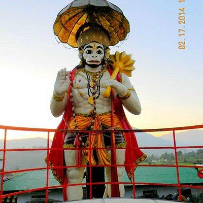 View of Hanuman Garhi from road