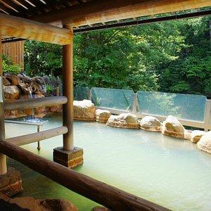 Open-air bath for women