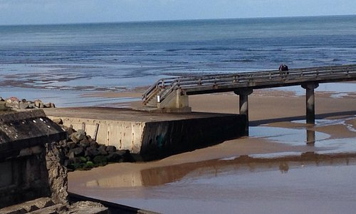 Omaha beach and the last piece of American harbour