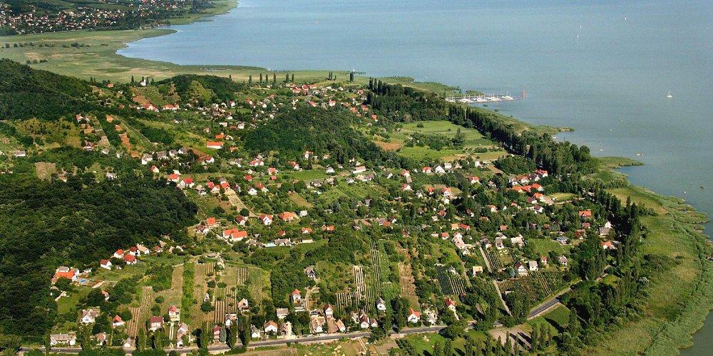 Szigliget (the village next door)
