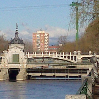 Lindo Puente con vistas.