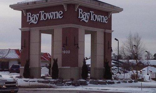 Front of Baytowne Plaza