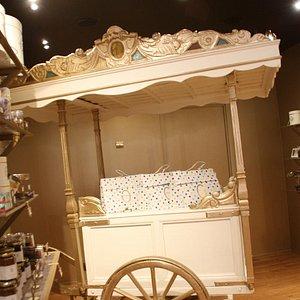 Interior Mary Chocolatier