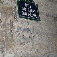 Rue du Chat qui Pêche