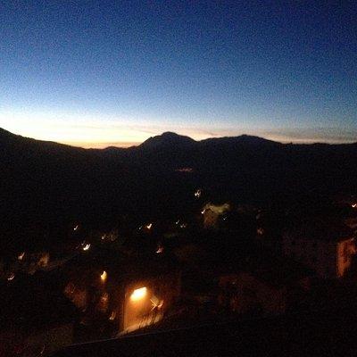Vista al tramonto dalla vasca idromassaggio