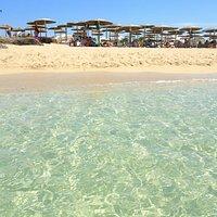 La spiaggia di Capoccia Scorcialupi presso l'Elisir Beach