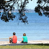 Snells Beach picnic