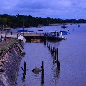 el puerto según Guille Garaschenco