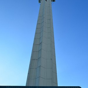 more of the minaret, didnt fit into photo!