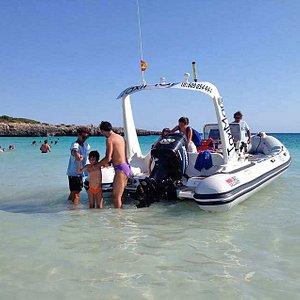 Unico servicio de transporte a playas vírgenes