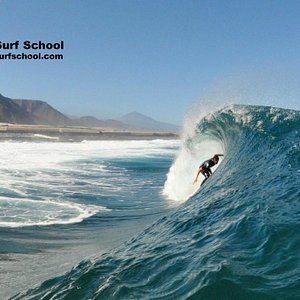Green Wave Surf School