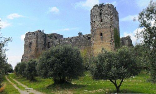 Vista del Castello...