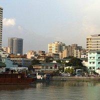 Blick von der Bastion auf Manila
