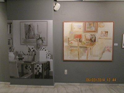 Photo of Ramon Gaya and one of his artworks