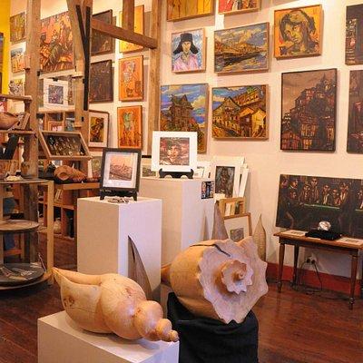 Sala de venta de Galería Bahía Utópica