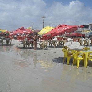 beira da praia em Algodoal