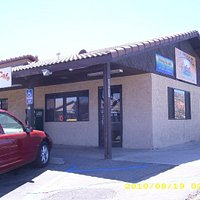 Outside View of Kelley's Cafe & Chuckwagon Grill