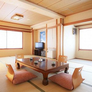 Large tatami room 和室17.5畳