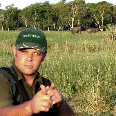 The African Safari Guru