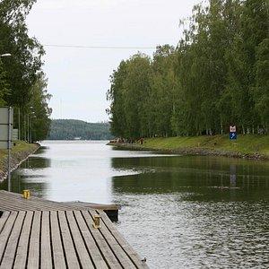 Vääksy canal connects Lake Vesijärvi to Lake Päijänne.