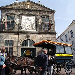 Waag gebouw  uit 1668