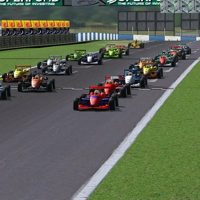 Single seaters off the line at Doninton