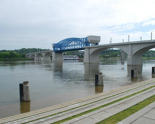 lungo fiume