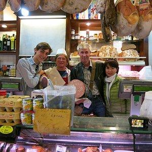 Eat Florence Tour, Antonio's Grocery Shop