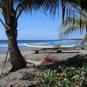 Jiquilillo beach and boats