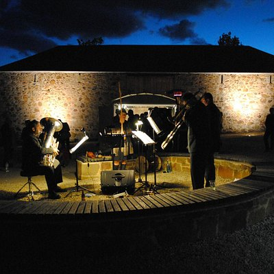Concert in the grounds of Rosny Farm