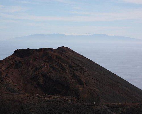 Volcan Teneguia with island in background