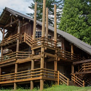 The lodge designed by Tom Bosworth