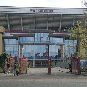 fachada do estádio
