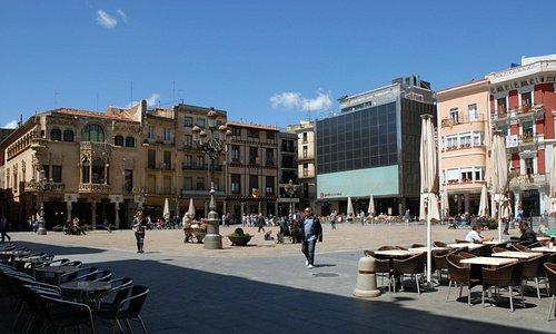 Plaça del Mercadal. (Reus Promoció)