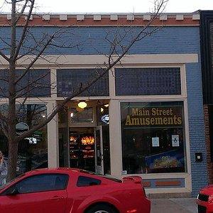 Main Street Amusements store front