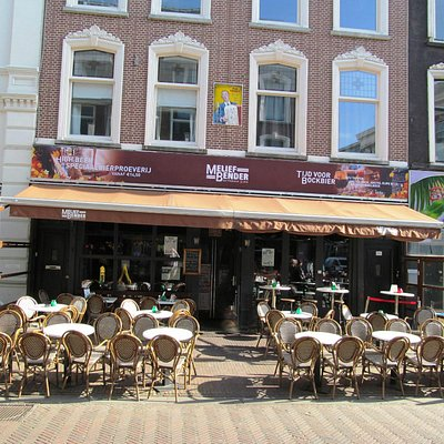 Exterior view of bar in day