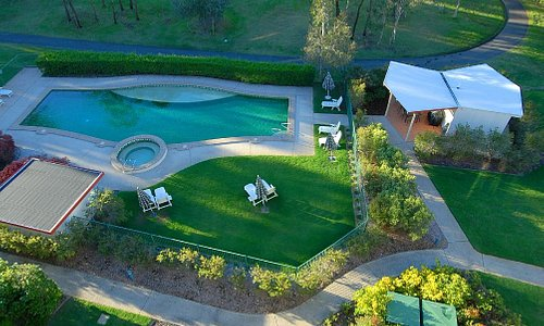 Pool, Spa and BBQ area